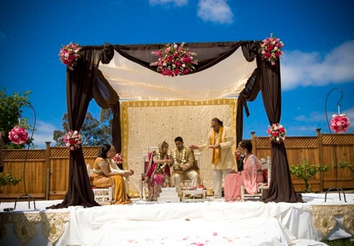 Beside wedding stage Indian have also wedding mandap decorations that is