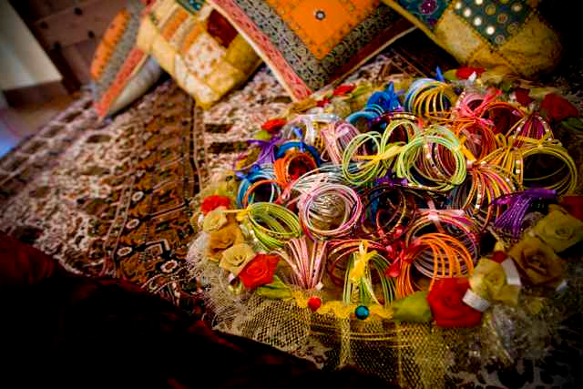 The colors are rarely seen in Indian wedding and I must say that everything