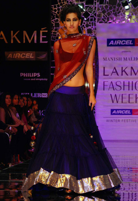 Manish Malhotra's spellbinding bridal collection - Rediff